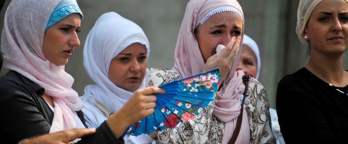 127 Srebrenitsa kurbanının cenazesi Potoçari'de
