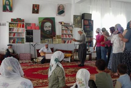 AK Parti, cemevlerinin tanımını Alevilere bırakacak