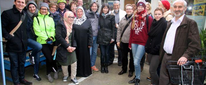 Almanlar İslamı tanımak için camileri ziyaret ediyor