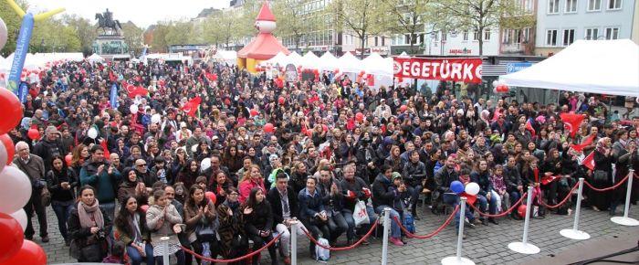 Almanya'da 23 Nisan coşkusu