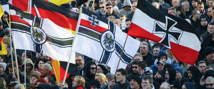 Almanya'da 462 Neonazi aranıyor