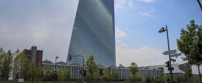 Almanya'da ekonomiye güvende azalma