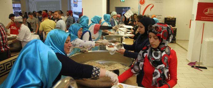 Almanya'da ilk iftar