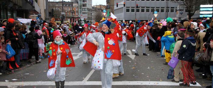 Almanya'da karnaval kutlamaları sürüyor