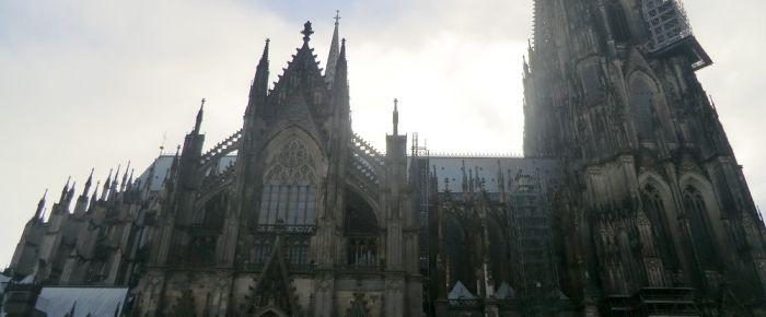 Almanya'da kiliseler vergi zengini