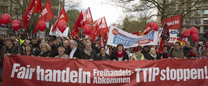 Almanya'da Obama protestoları