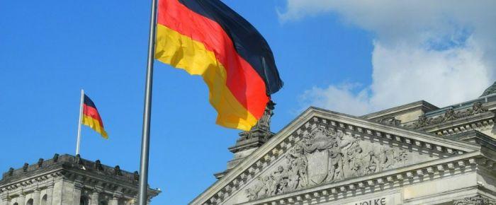 Almanya'dan PYD'lilere para cezası
