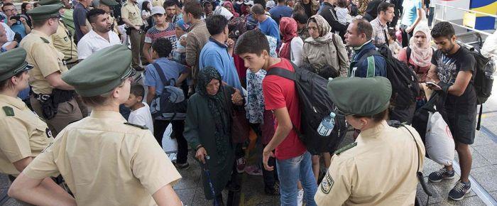 Avrupa'daki sığınmacı krizi sürüyor