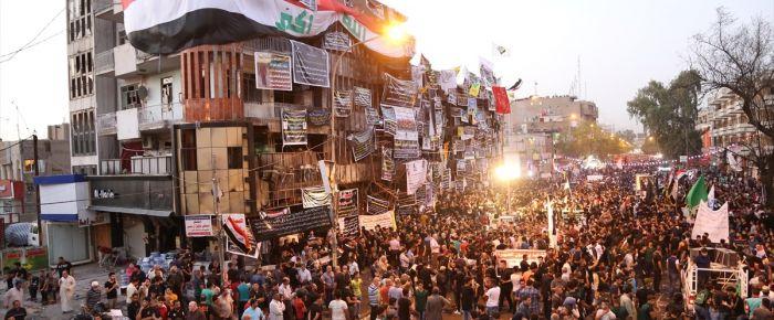 Bağdat'ta binlerce kişi terörü lanetledi