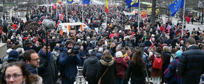 Belçika'da Mülteci ve Göç Bakanı'na protesto