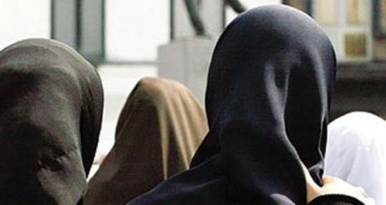 Berlin'de başörtülü kıza ırkçı saldırı