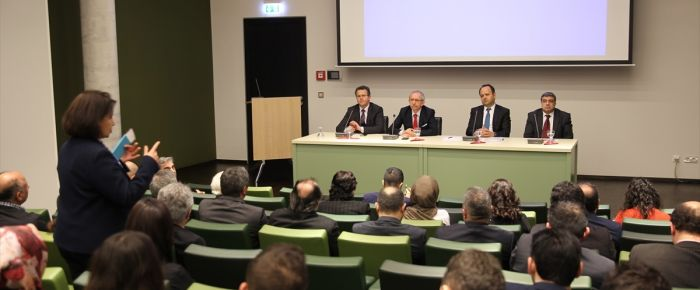 Berlin'de eğitim sorunları masaya yatırıldı
