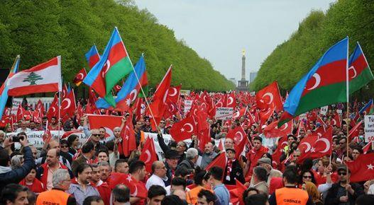 Ermeni Tasarısı protestro edildi