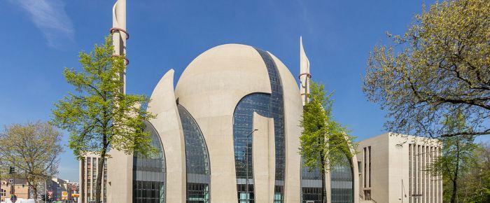 Federal Hükümet DİTİB camilerinden endişeli