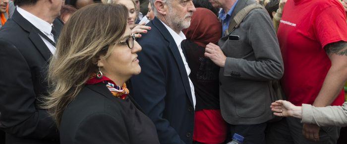İngiliz İşçi Partisi'nde liderlik kavgası