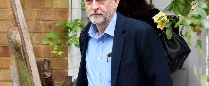 İngiltere'de kıran kırana iktidar mücadelesi