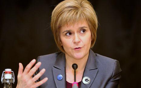 İskoç Başbakan'dan Brexit'e veto kartı