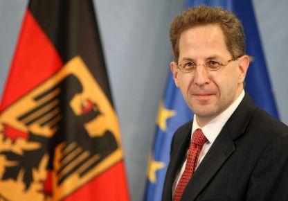 İstihbarat örgütü başkanına istifa baskısı