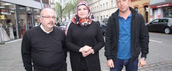 Köln'de PKK yandaşlarına tepki