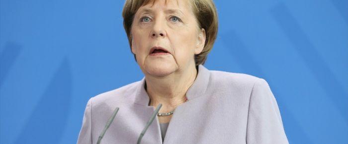 Merkel: Brexit görüşmelerinde yapıcı olacağız