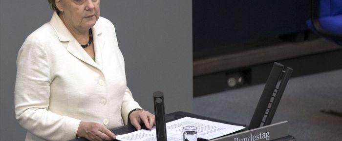 Merkel'den Rusya'ya sıcak mesajlar