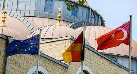 Osnabrück İslam Koleji DİTİB'e rakip mi?
