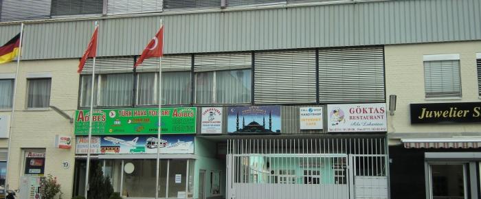 Stuttgart'ta Camiye Saldırı