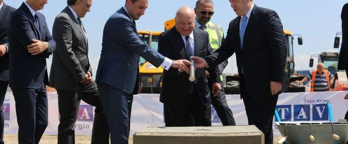 TAV'dan Tiflis havaalanına yeni pist