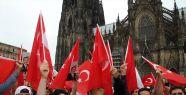Darbe girişimine Köln'de tepkiler