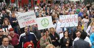 Köln'de Müslümanlardan 'Barış Yürüyüşü'