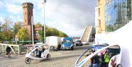 Kütahyalı 'bisiklet taksici' Köln'ü...