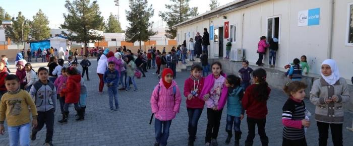 Türkiye'de eğitim gören Suriyeli çocuk sayısı 300 bin